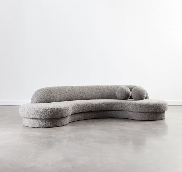 Biomorphic Sofa Grand by COUP STUDIO