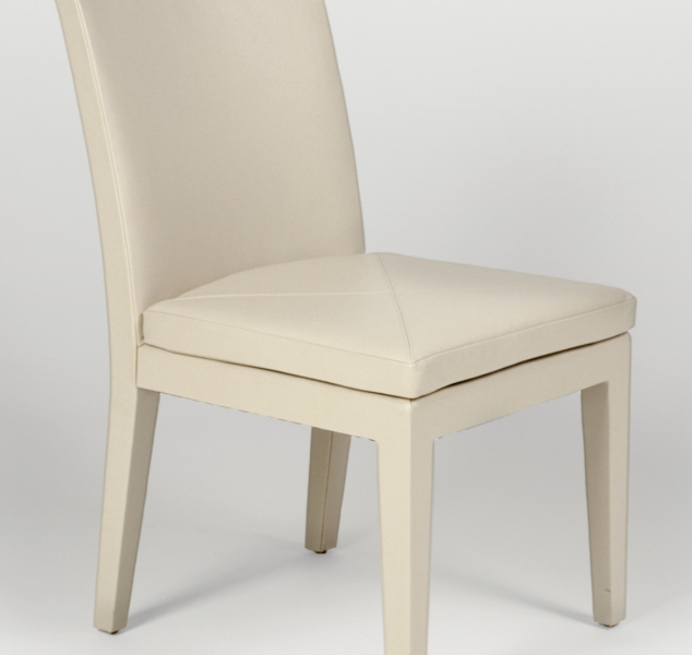 Della Spiga Side Chair by Magni Home Collection