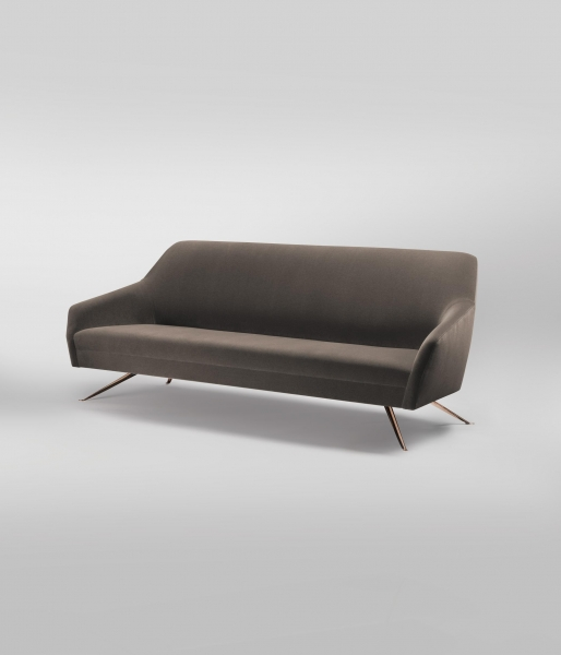 Penta Sofa by Magni Home Collection