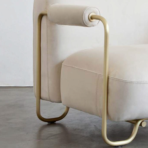 Mi Armchair by Atelier D'Amis