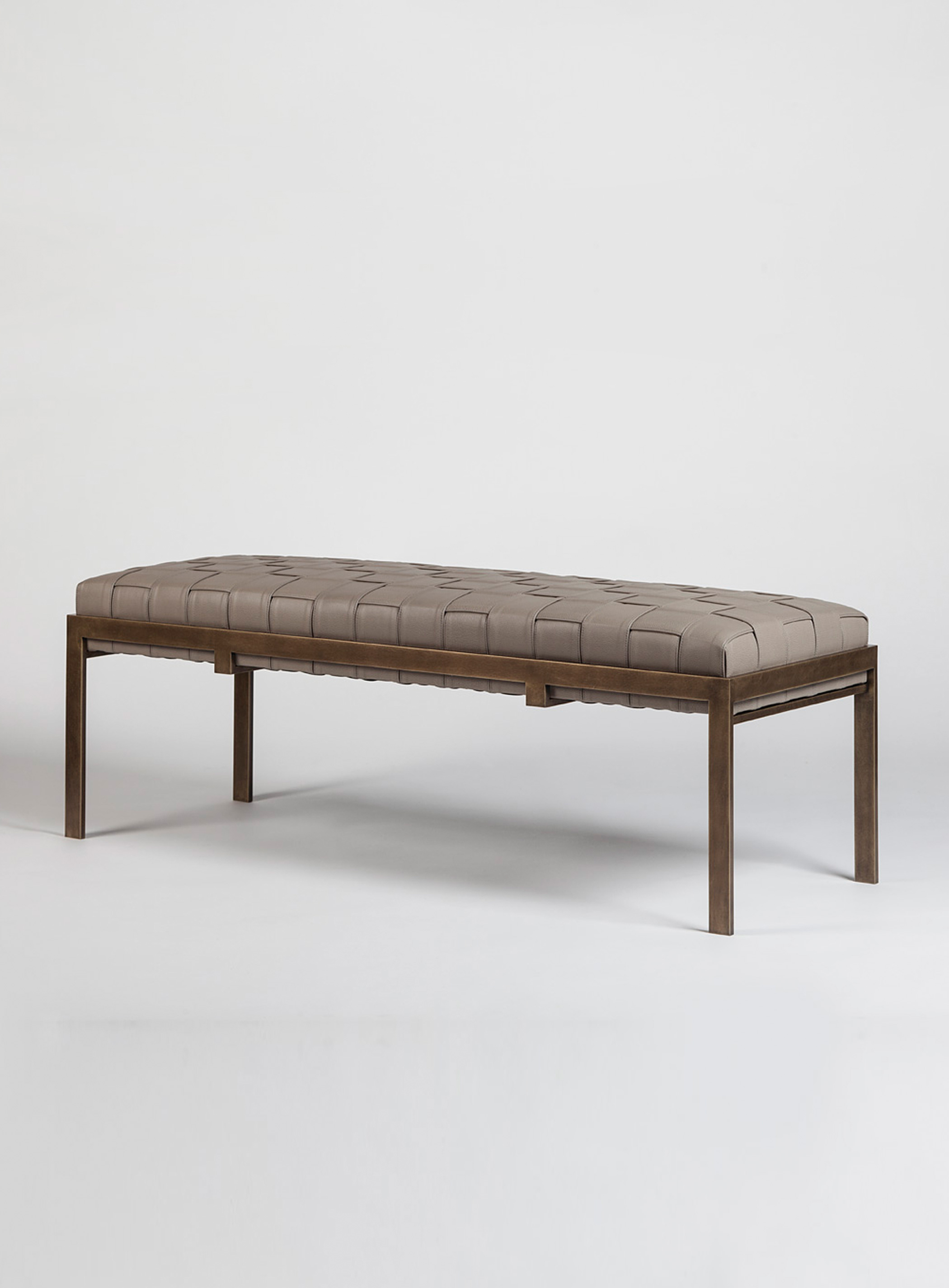 Classic Museum Bench by Magni Home Collection