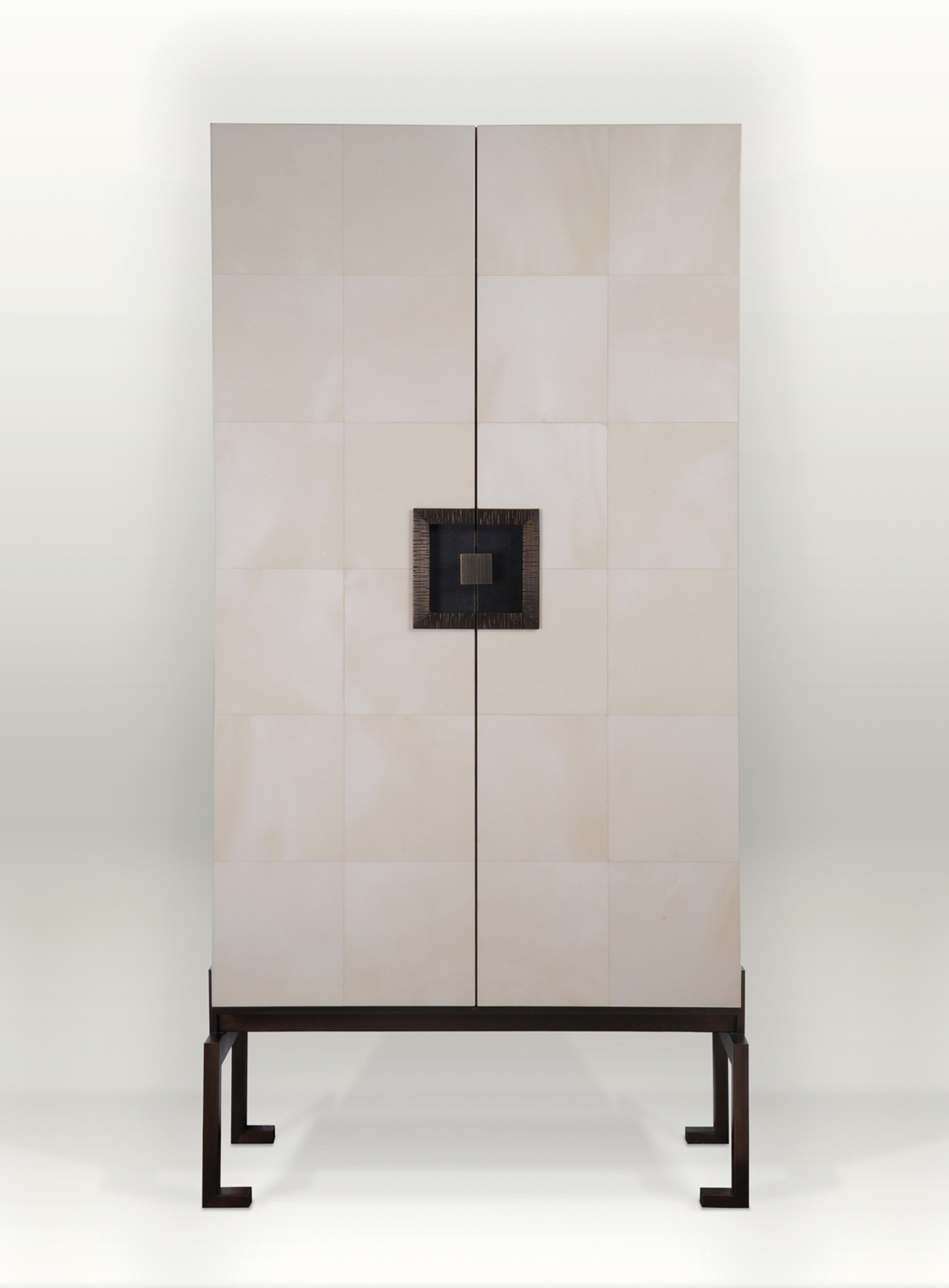 Pandora Cabinet by Magni Home Collection
