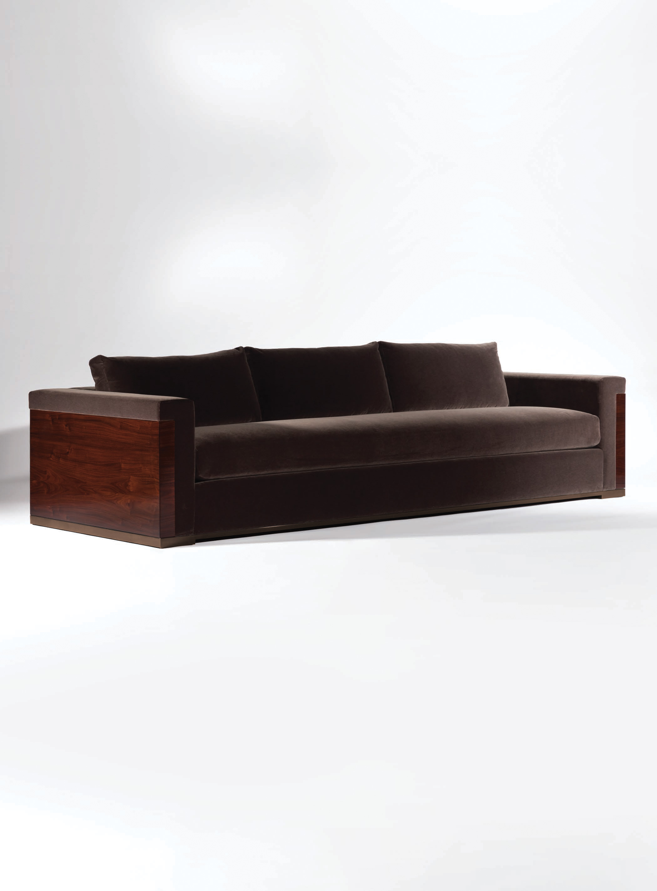 Tramoto Sofa by Magni Home Collection
